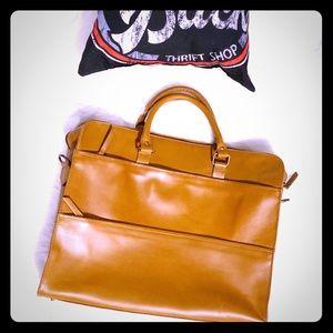Beckett Simonon Leather Briefcase